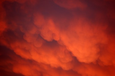 A.M. CLOUDS3 NEW CANEY TX. 12-2-06